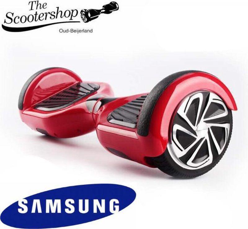 The SCOOTERSHOP Hoverboard ROOD, TAOTAO, SAMSUNG, Led verlichting, Aluminium Design velgen, Rubberen bumpers
